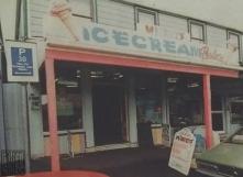 Mickey's Ice Cream Parlour, 1996
