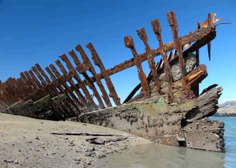 shipwreck-darra-at-quail-island